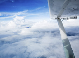 30 Min. Flugzeug selber fliegen ab Halle-Oppin