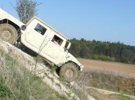 30 Min. Hummer H1 offroad fahren in Ingolstadt, Bayern