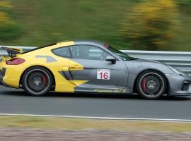 4 Runden Renntaxi Cayman GT4 auf dem Bilster Berg