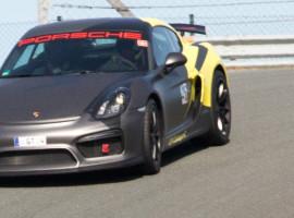 4 Runden Renntaxi Porsche Cayman GT4 in Oschersleben