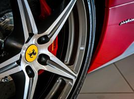 24 Std. Ferrari 458 Italia mieten in Frankfurt am Main-Rödelheim