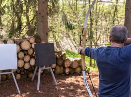 90 Min. Bagger fahren & Bogenschießen in Drolshagen