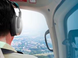 40 Min. Hubschrauber Pärchen Rundflug über Düsseldorf ab Essen/Mülheim