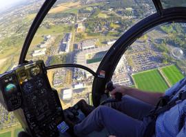 40 Min. Hubschrauber Rundflug über Düsseldorf ab Essen/Mülheim für drei Personen