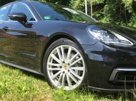 30 Min. Porsche 911 Panamera 4S selber fahren in Füssen