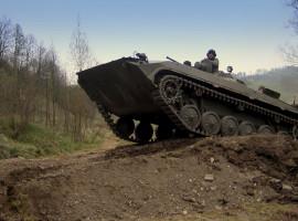 Beifahrer im BMP Schützenpanzer Königsee