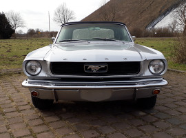 1966er Ford Mustang Wochenende mieten in Krefeld