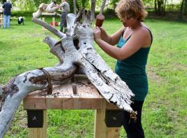 """Holzbildhauen """"Gestalten einer menschlichen Figur"""" Kurs in Melle"""