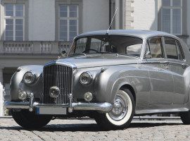 assets/images/activities/oldtimer-fahren-bentley-s1-oldtimer-mit-chauffeur/1280_0002_3W4R9915.jpg