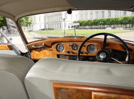 assets/images/activities/oldtimer-fahren-bentley-s1-oldtimer-mit-chauffeur/1280_0005_3W4R0176.jpg