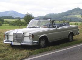 Wochenende Mercedes-Benz 250 SE Cabrio mieten in Sexau