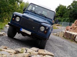 1 Std. Landrover Defender selber fahren in Sinsheim