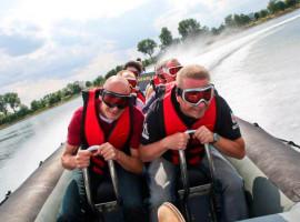 2 Std. Powerboot fahren auf dem Rhein in Speyer, Raum Mannheim