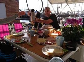 Übernachtung auf einer Yacht mit Segeltörn in Stralsund