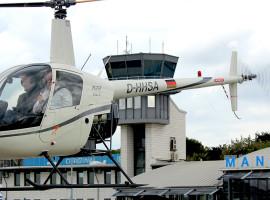 """45 Min. Hubschrauber Rundflug """"Burgenflug"""" ab Flughafen Stuttgart"""