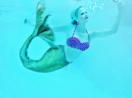 Meerjungfrau schwimmen