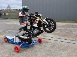 Motorrad Wheelie-Training